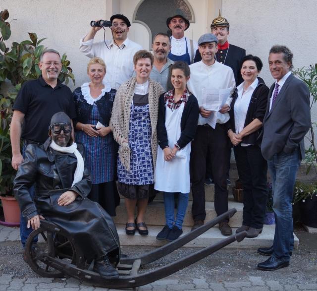 Die Theatergruppe des Kulur und Heimatvereins Harthausen 2015 - Der Flieger